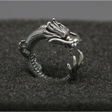 Nhẫn rồng bạc