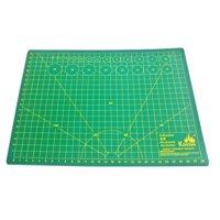 Tấm Lót Cắt Giấy Kuelox Loại Dẻo Cutting Mats A4 22x30cm - K12124